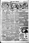 Daily Herald Saturday 31 October 1925 Page 5