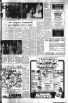 WEEKLY NEWS, Thurs., November 28, 1974- 3 Pupils lunch GUARANTEED . breaks SERVICING • It pays to entrust servicing and